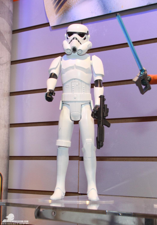 [EVENEMENT] COMI-CON et autres TOY FAIR Toy-Fair-2014-Hasbro-Star-Wars-Rebels-Saga-Legends-055