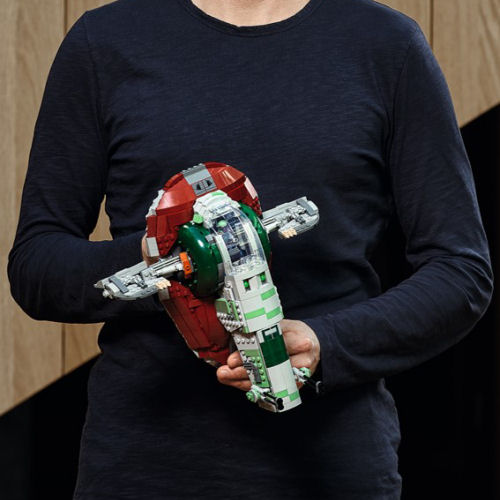 Michael Lee Stockwell shows off LEGO Star Wars 75243 Slave I set