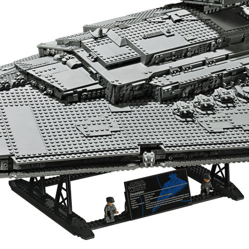 LEGO 75252 Imperial Star Destroyer onstand