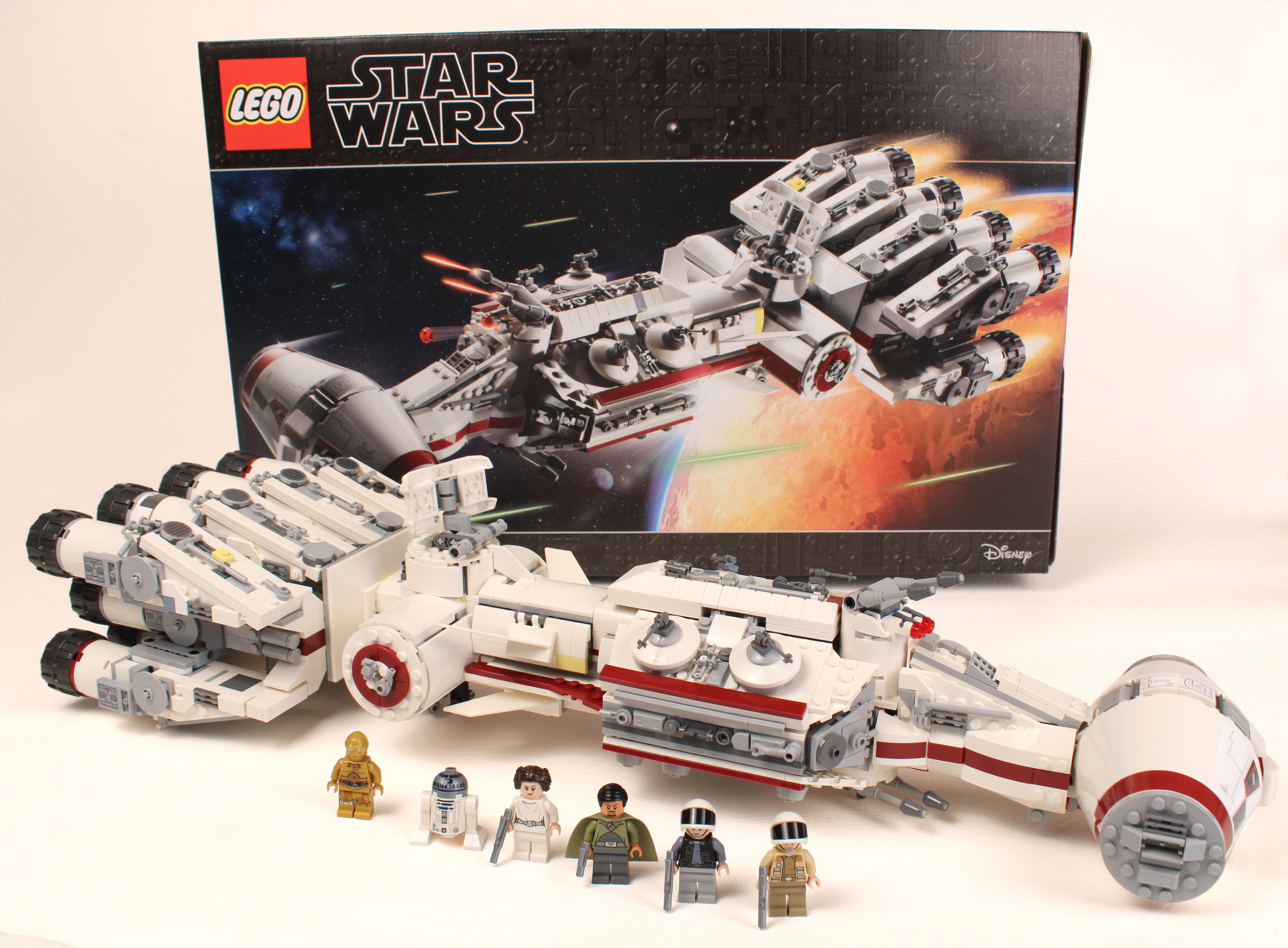 OUT OF STOCK FROM LEGO NEW IN HAND LEGO 75244 TANTIVE IV