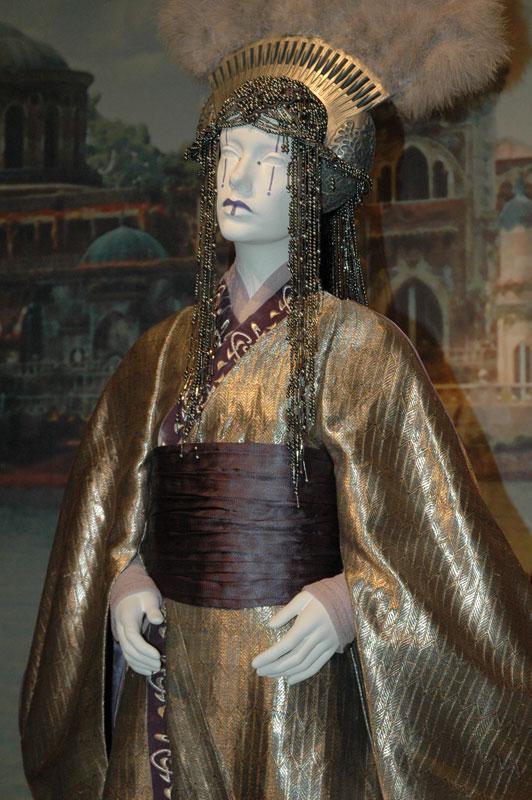 Queen Apailana (ROTS)