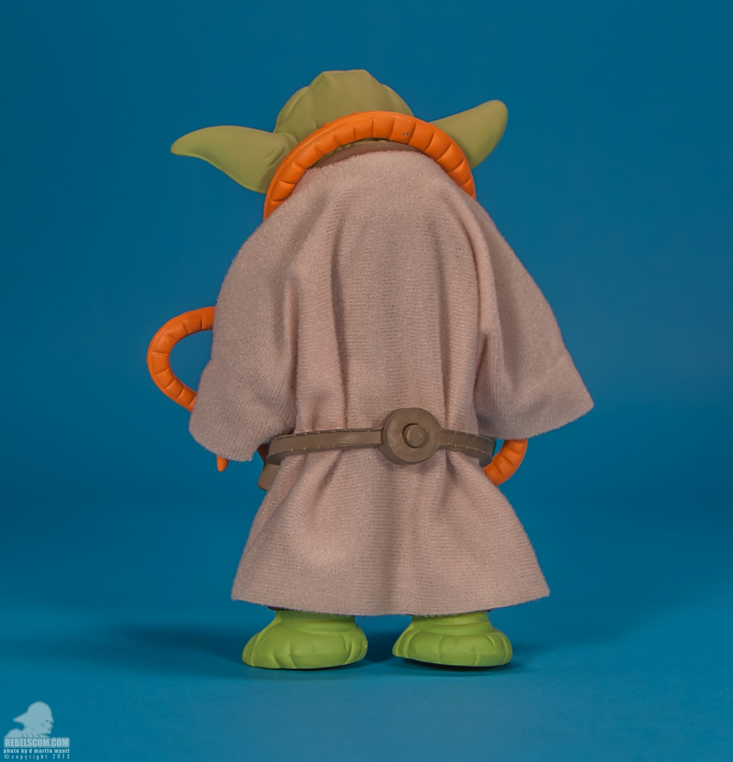 Yoda_Orange_Snake_Gentle_Giant_Kenner_Jumbo-04.jpg
