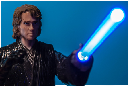 Anakin Skywalker - Light-Up Lightsaber