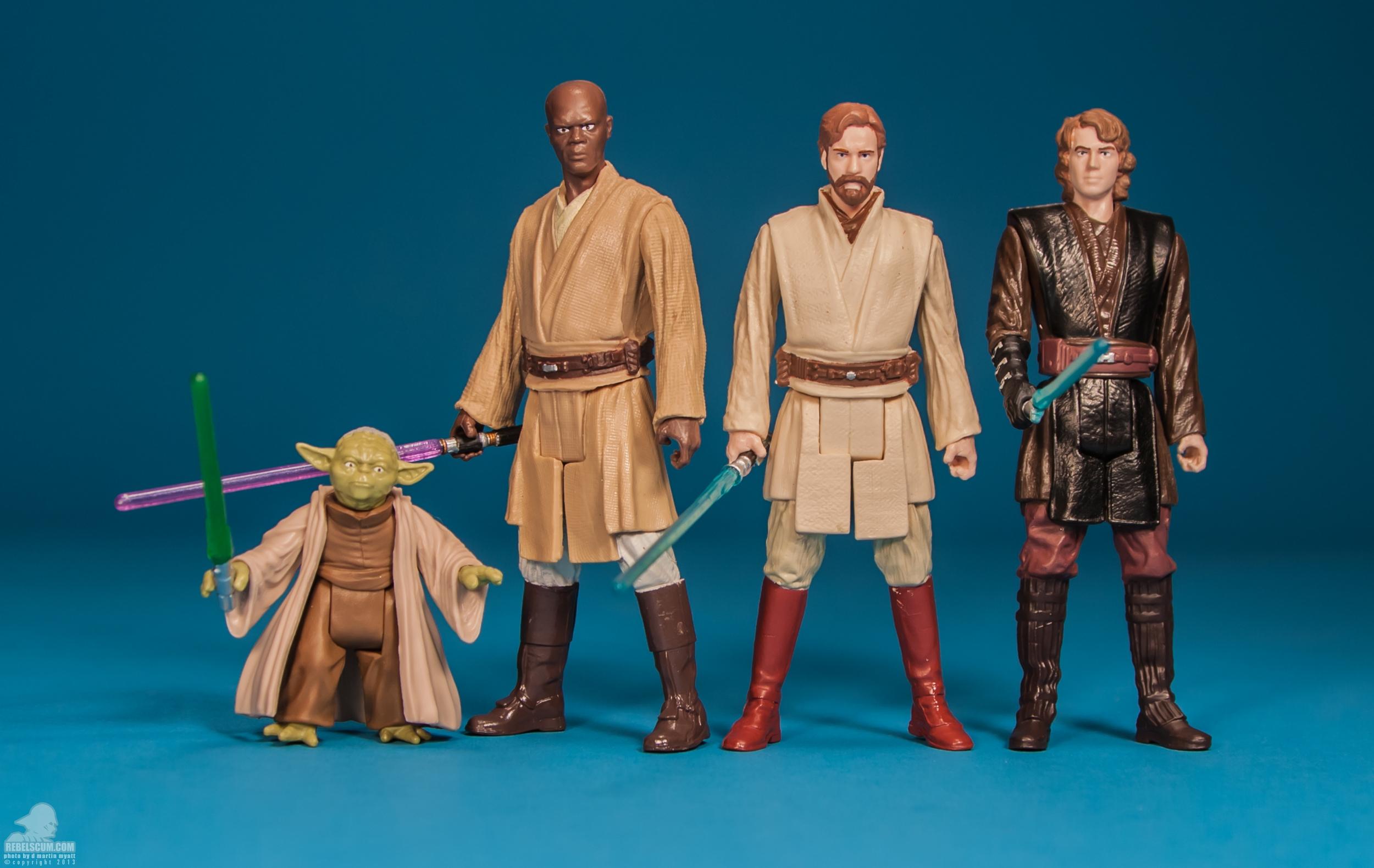 SL07-Yoda-Saga-Legends-Star-Wars-Hasbro-017.jpg