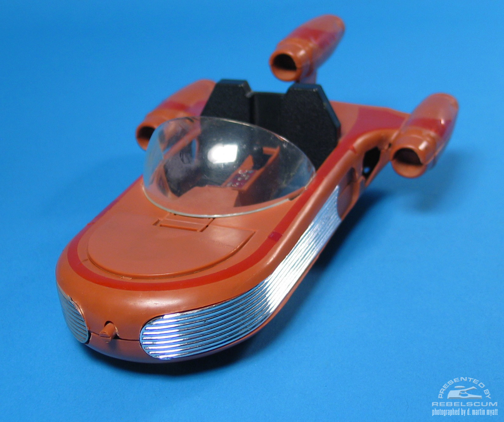 Toltoys Land Speeder released in Australia, and in Canada through a distribution deal with Irwin Toys' Kenner Canada