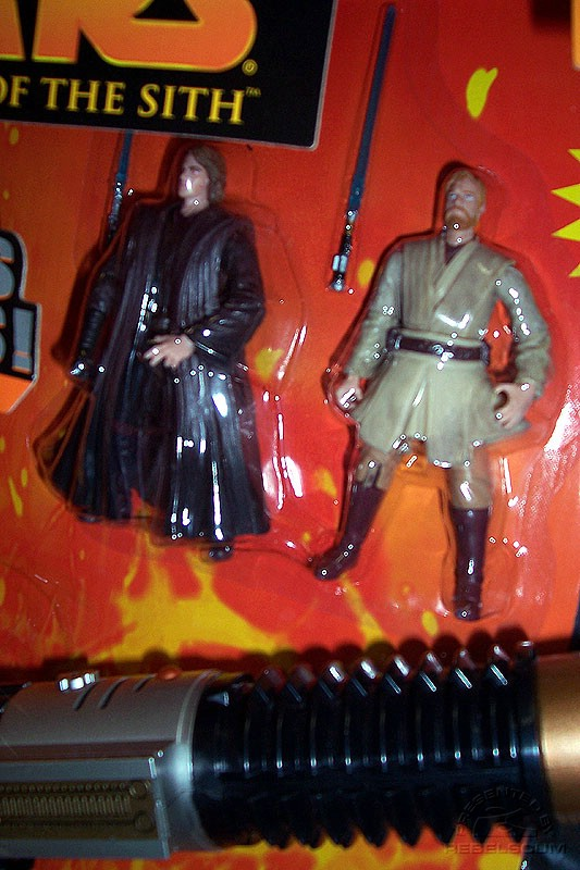 Toys ''R'' Us version includes Anakin III-28 and Obi-Wan III-27
