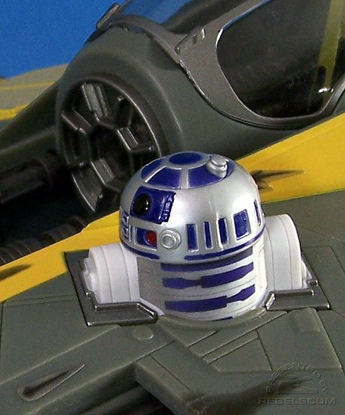 R2-D2 droid panel is removable
