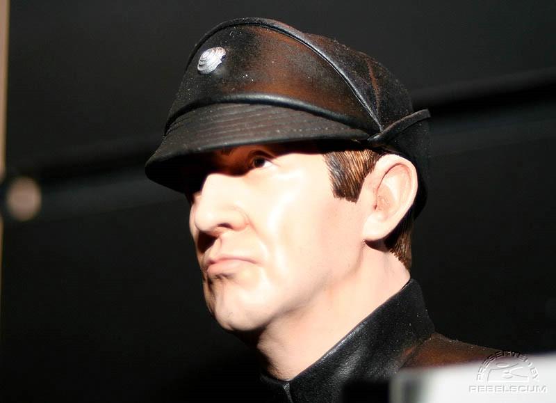 lieutenant Renz mini-bust IMG_8279