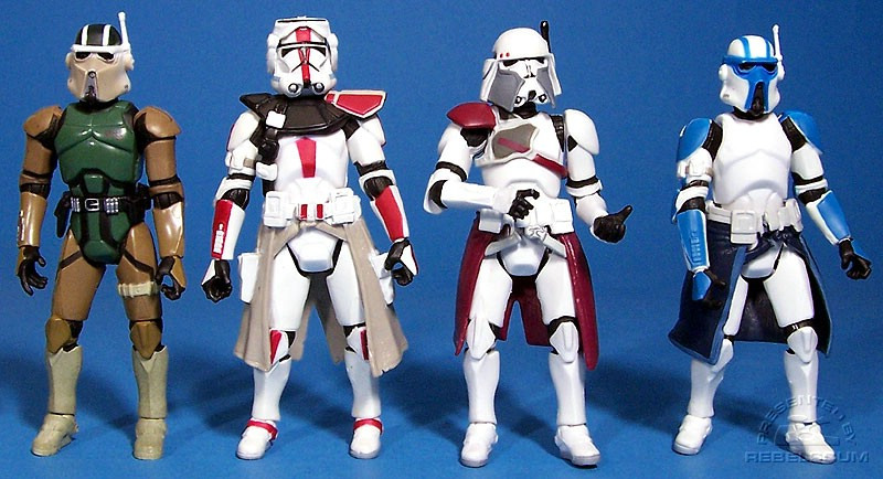 The head of an AT-RT Driver | the body of a Clone Commander | the kama from Commander Bacara = Heavy Gunner Clone Trooper