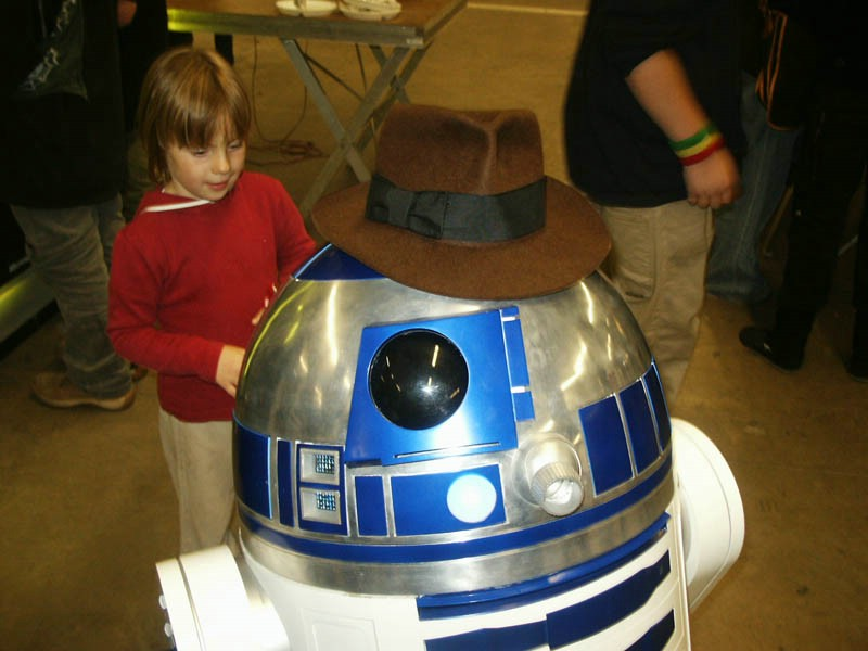 R2-D2 with my hat