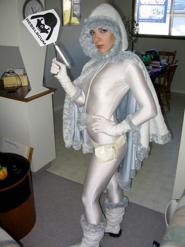 Make homemade costume adults
