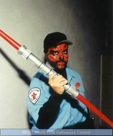 Abel Pinedo as Maul Cop