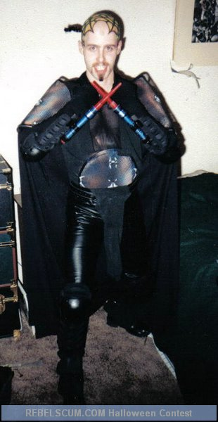 Eric OKelly as Darth Con