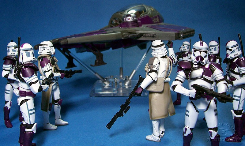 Mace Windu's Jedi Starfighter lands near his clone troopers