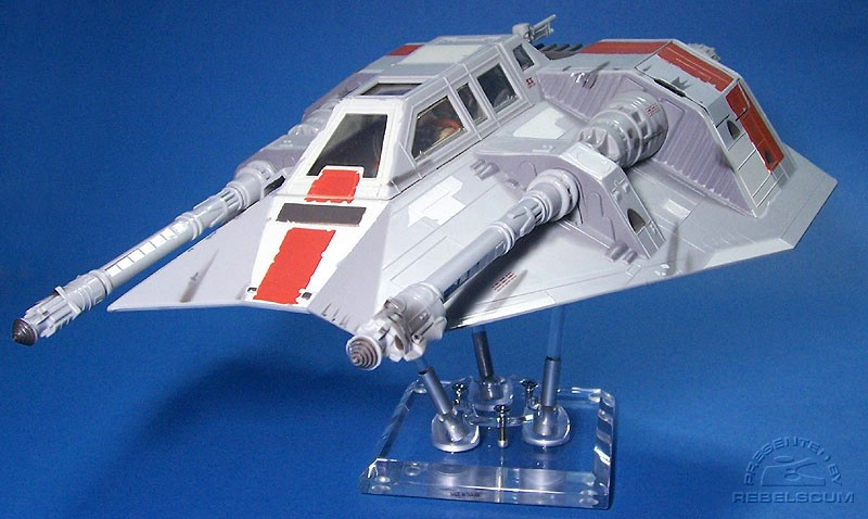 Rogue Two Snowspeeder on a 4'' FlexiDisplay stand